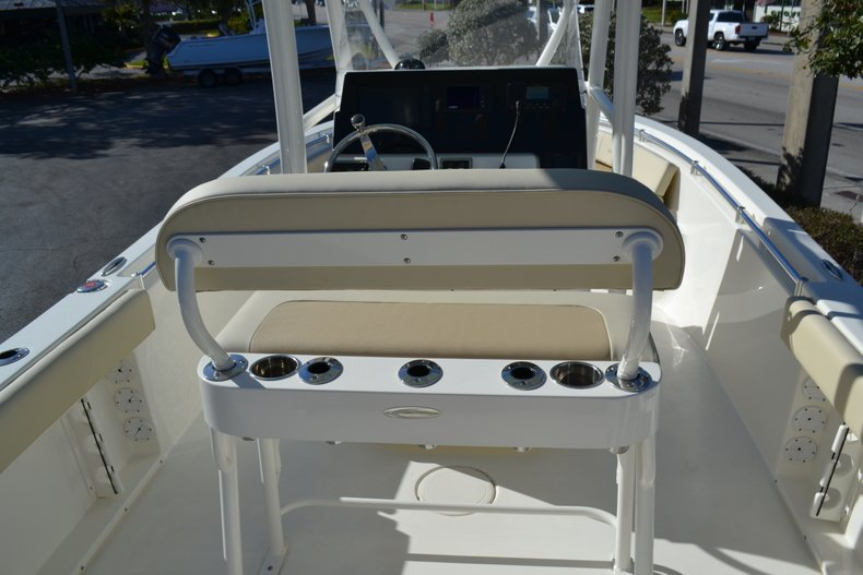 Thumbnail 8 for New 2019 Cobia 201 Center Console boat for sale in Vero Beach, FL
