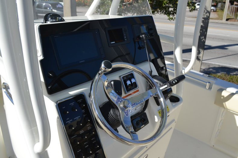 Thumbnail 12 for New 2019 Cobia 201 Center Console boat for sale in Vero Beach, FL