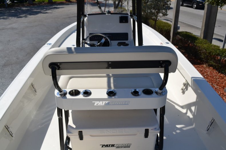 Image 10 for 2019 Pathfinder 2400 TRS Bay Boat in Vero Beach, FL