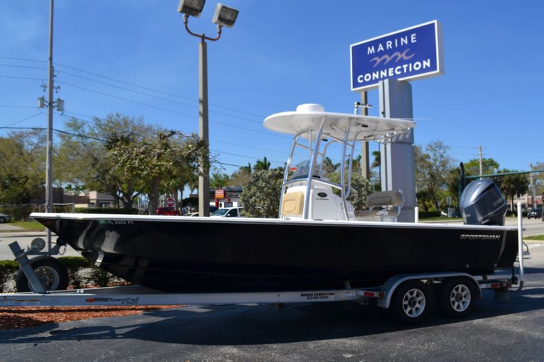 Used 2014 Sportsman Masters 247 Bay Boat boat for sale in Vero Beach, FL