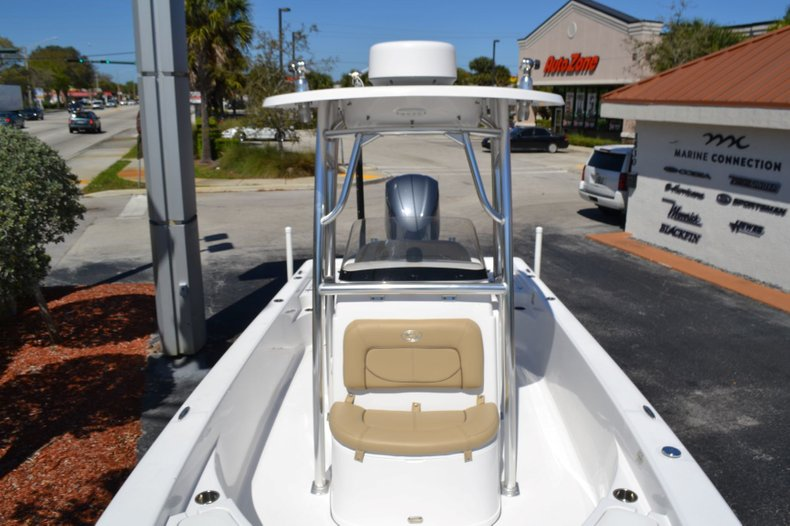 Thumbnail 19 for Used 2014 Sportsman Masters 247 Bay Boat boat for sale in Vero Beach, FL