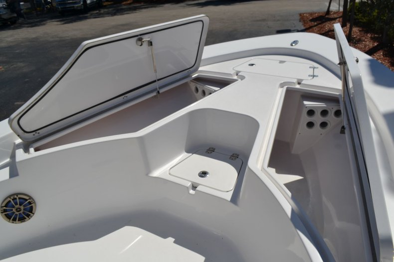 Thumbnail 22 for Used 2014 Sportsman Masters 247 Bay Boat boat for sale in Vero Beach, FL