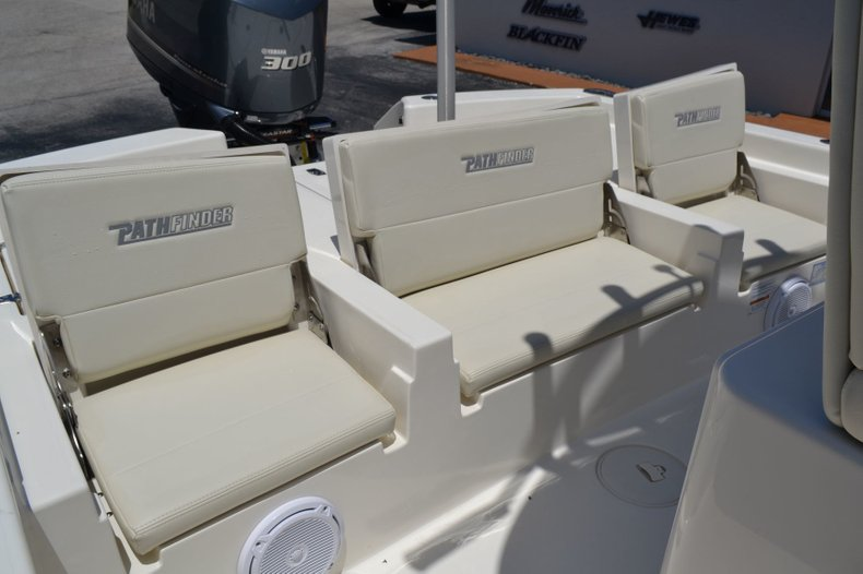 Thumbnail 15 for New 2019 Pathfinder 2600 TRS boat for sale in Vero Beach, FL