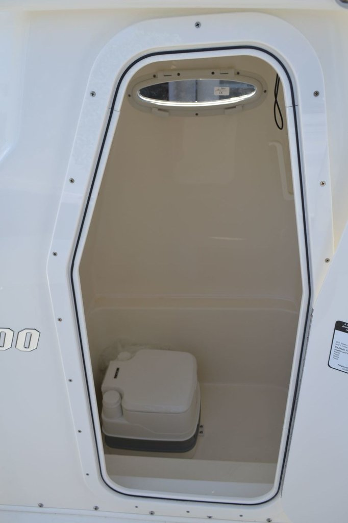 Thumbnail 16 for New 2019 Pathfinder 2600 TRS boat for sale in Vero Beach, FL