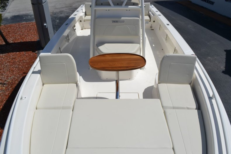 Thumbnail 19 for New 2019 Pathfinder 2600 TRS boat for sale in Vero Beach, FL