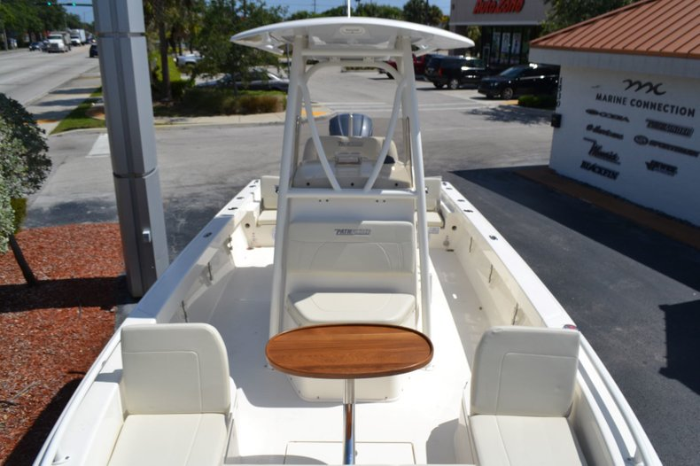 Thumbnail 18 for New 2019 Pathfinder 2600 TRS boat for sale in Vero Beach, FL