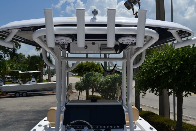 Thumbnail 11 for New 2019 Sportsman Masters 247 Bay Boat boat for sale in Vero Beach, FL
