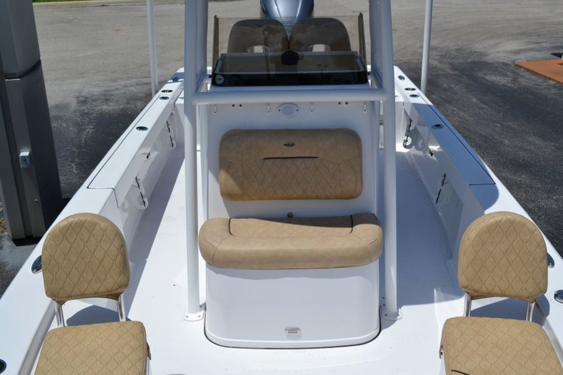 Thumbnail 14 for New 2019 Sportsman Masters 247 Bay Boat boat for sale in Vero Beach, FL