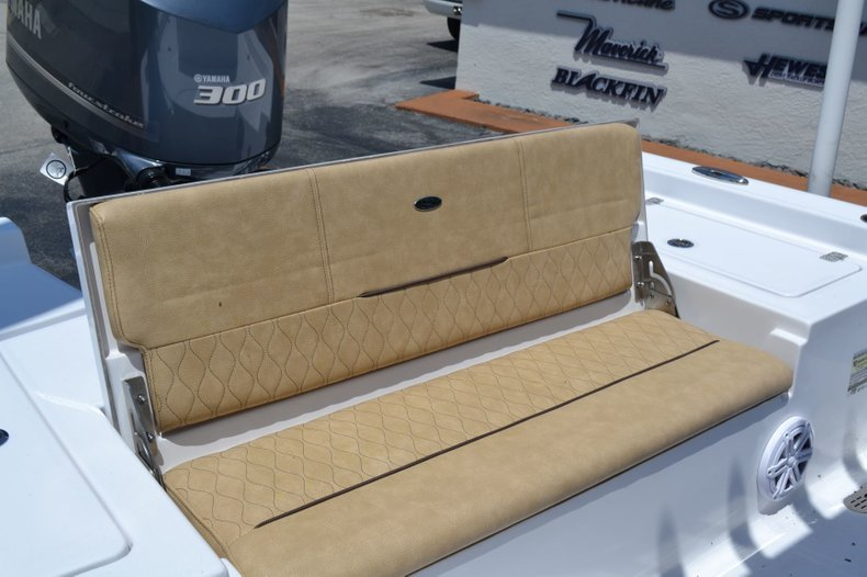 Thumbnail 19 for New 2019 Sportsman Masters 247 Bay Boat boat for sale in Vero Beach, FL