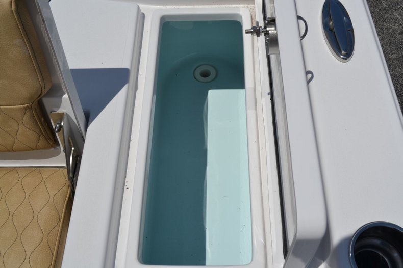 Thumbnail 21 for New 2019 Sportsman Masters 247 Bay Boat boat for sale in Vero Beach, FL