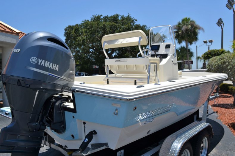 Thumbnail 5 for New 2019 Pathfinder 2005 TRS boat for sale in Vero Beach, FL