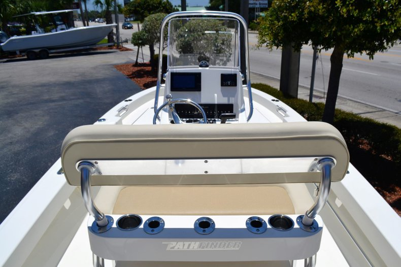 Thumbnail 9 for New 2019 Pathfinder 2005 TRS boat for sale in Vero Beach, FL