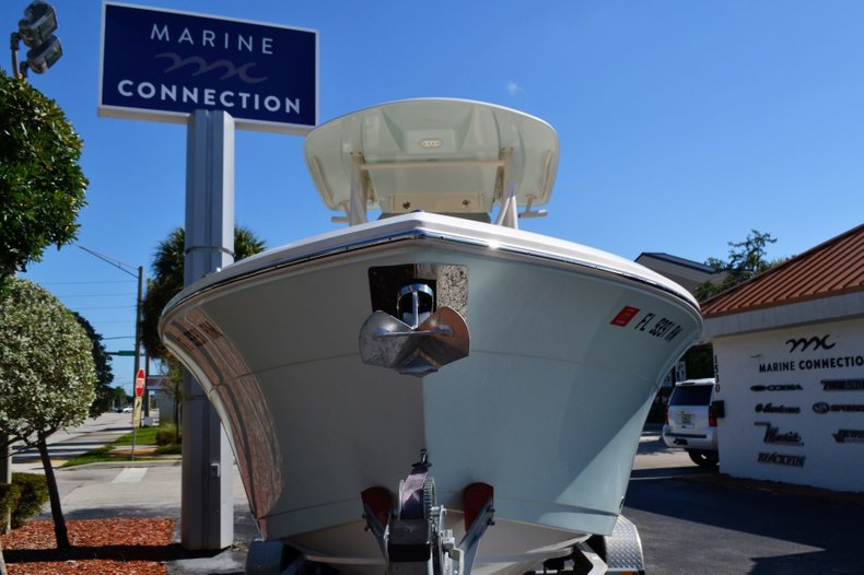 Thumbnail 1 for Used 2018 Cobia 220 Center Console boat for sale in Vero Beach, FL