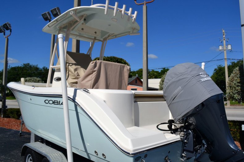 Thumbnail 10 for Used 2018 Cobia 220 Center Console boat for sale in Vero Beach, FL