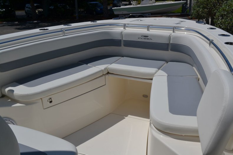 Thumbnail 19 for New 2019 Cobia 280 Center Console boat for sale in Vero Beach, FL