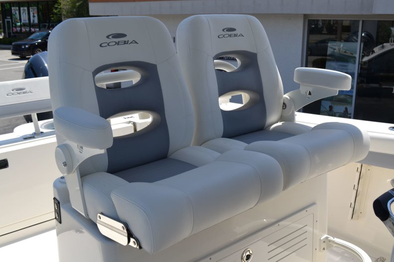 Thumbnail 22 for New 2019 Cobia 280 Center Console boat for sale in Vero Beach, FL