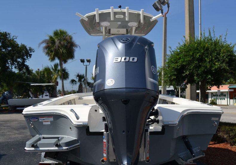 Thumbnail 6 for New 2019 Pathfinder 2600 HPS Bay Boat boat for sale in Vero Beach, FL
