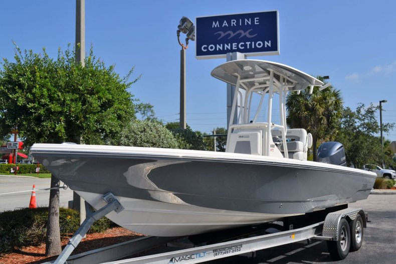 Thumbnail 1 for New 2019 Pathfinder 2600 HPS Bay Boat boat for sale in Vero Beach, FL
