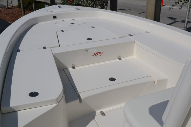 Thumbnail 13 for New 2019 Pathfinder 2600 HPS Bay Boat boat for sale in Vero Beach, FL