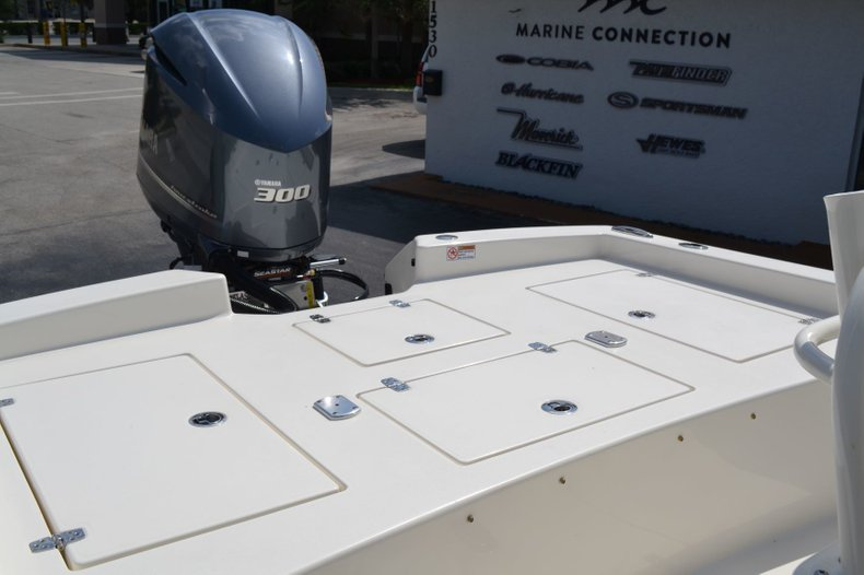 Thumbnail 20 for New 2019 Pathfinder 2600 HPS Bay Boat boat for sale in Vero Beach, FL