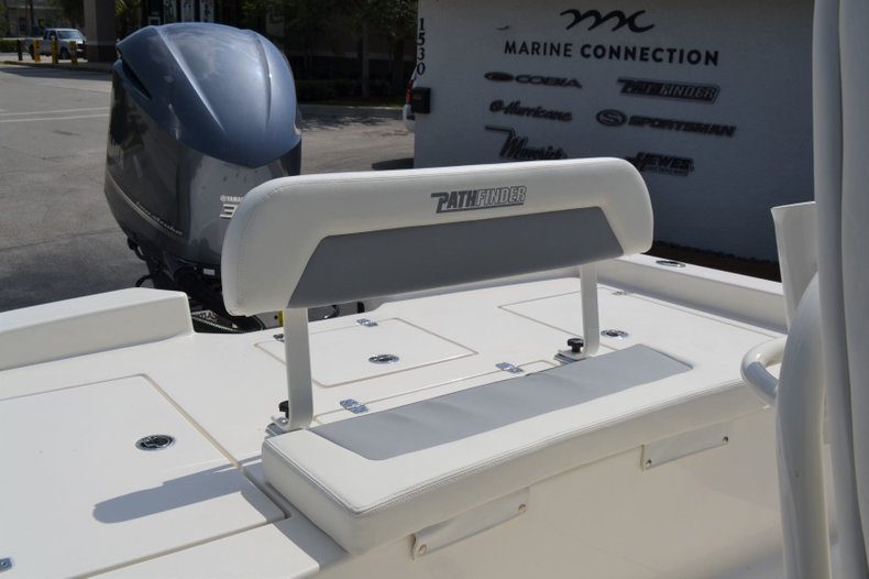 Thumbnail 25 for New 2019 Pathfinder 2600 HPS Bay Boat boat for sale in Vero Beach, FL