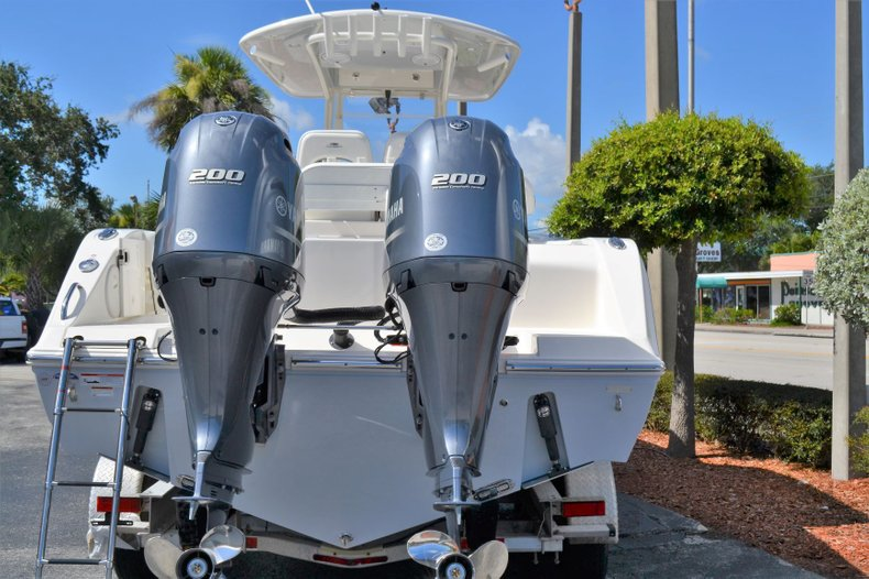 Thumbnail 5 for New 2020 Cobia 280 Center Console boat for sale in Fort Lauderdale, FL