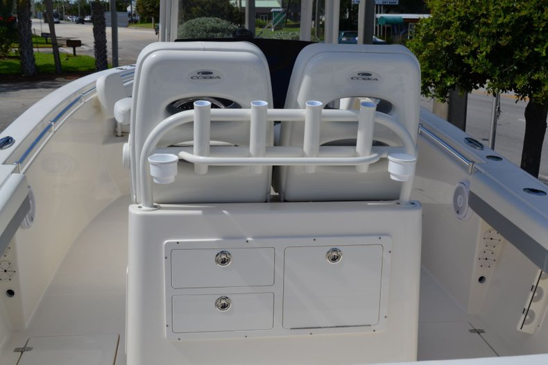 Thumbnail 10 for New 2020 Cobia 280 Center Console boat for sale in Fort Lauderdale, FL