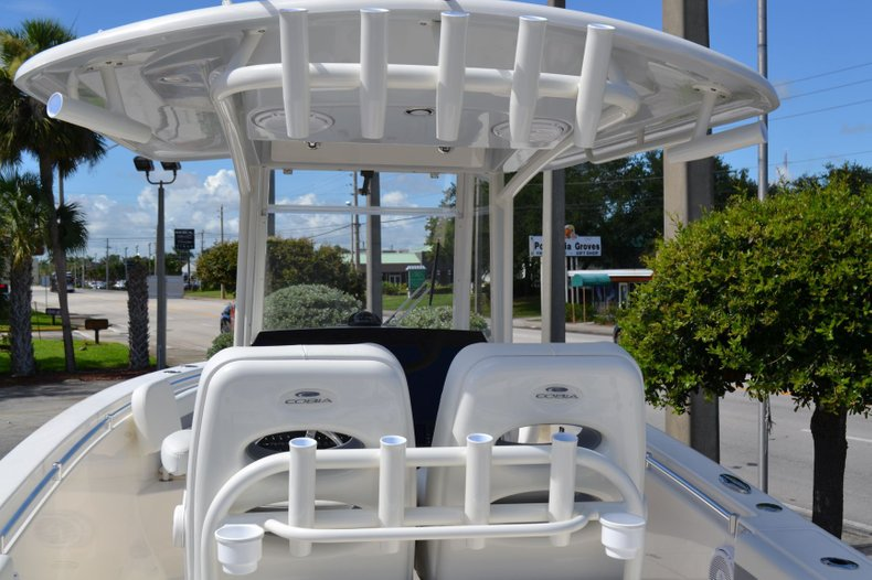 Thumbnail 9 for New 2020 Cobia 280 Center Console boat for sale in Fort Lauderdale, FL