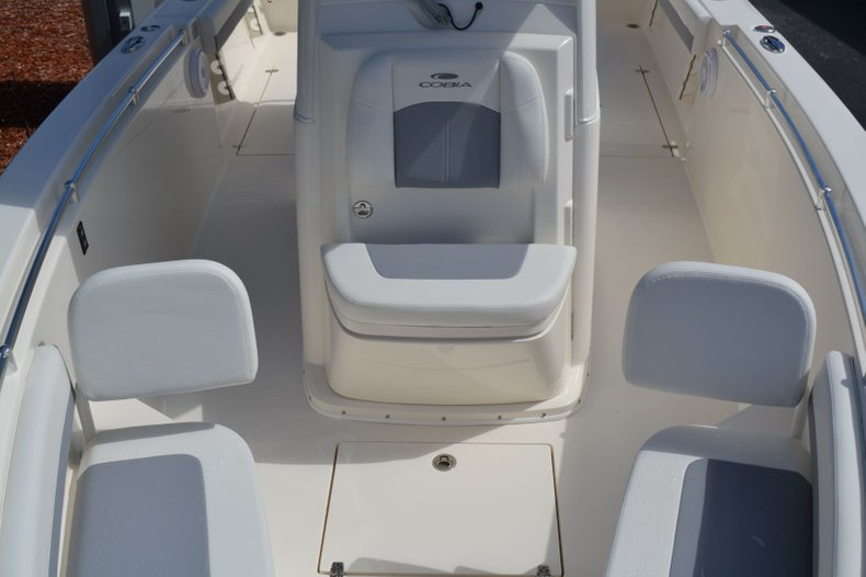 Thumbnail 15 for New 2020 Cobia 280 Center Console boat for sale in Fort Lauderdale, FL