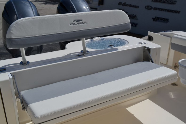 Thumbnail 20 for New 2020 Cobia 280 Center Console boat for sale in Fort Lauderdale, FL