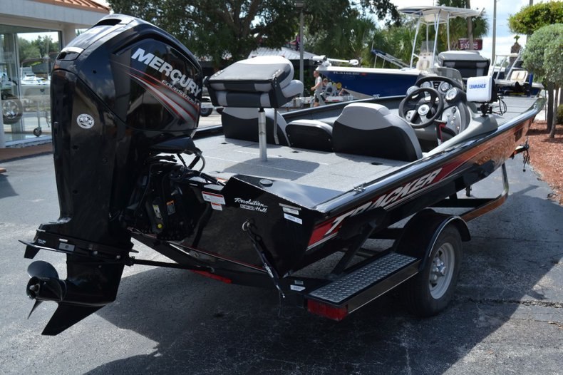Thumbnail 5 for Used 2016 Tracker Pro 190 TX boat for sale in Vero Beach, FL