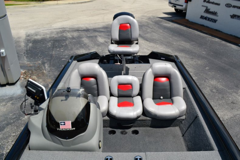 Thumbnail 14 for Used 2016 Tracker Pro 190 TX boat for sale in Vero Beach, FL