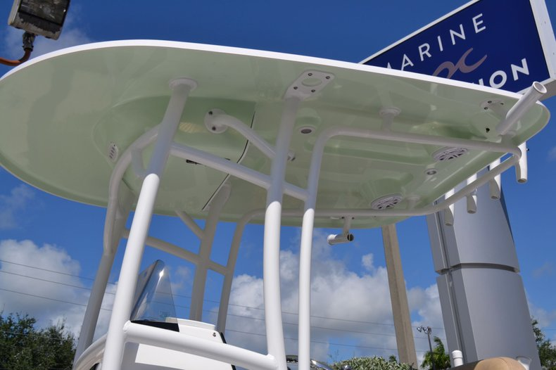 Thumbnail 3 for New 2020 Sportsman Open 212 Center Console boat for sale in Vero Beach, FL