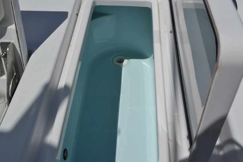 Thumbnail 21 for New 2020 Sportsman Masters 247 Bay Boat boat for sale in Fort Lauderdale, FL