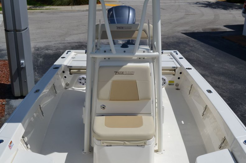 Thumbnail 12 for New 2020 Pathfinder 2400 TRS Bay Boat boat for sale in Vero Beach, FL