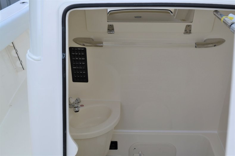 Thumbnail 19 for New 2020 Cobia 262 Center Console boat for sale in Vero Beach, FL