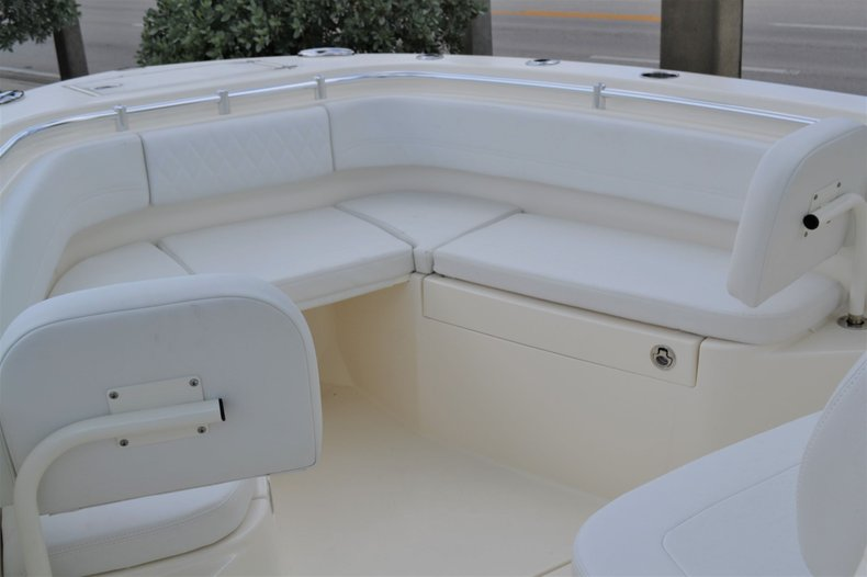 Thumbnail 20 for New 2020 Cobia 262 Center Console boat for sale in Vero Beach, FL