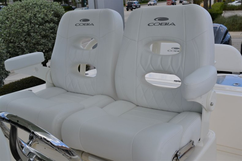 Thumbnail 21 for New 2020 Cobia 262 Center Console boat for sale in Vero Beach, FL