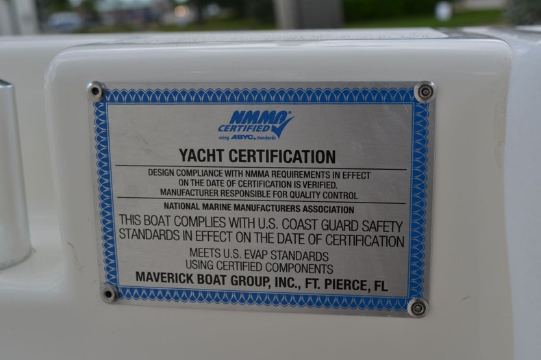 Thumbnail 25 for New 2020 Cobia 262 Center Console boat for sale in Vero Beach, FL