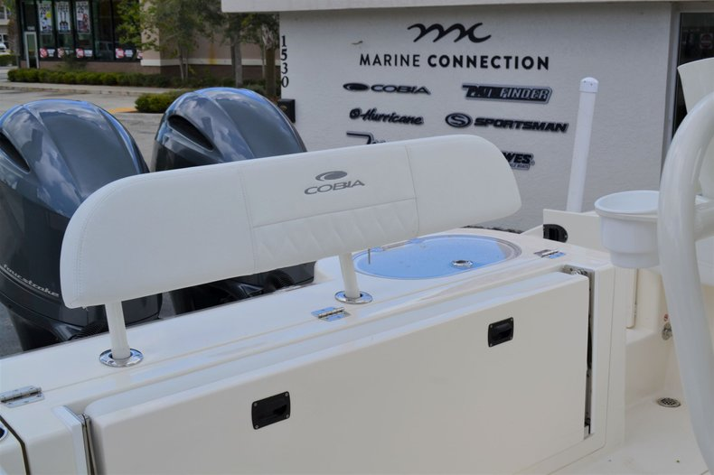 Thumbnail 22 for New 2020 Cobia 262 Center Console boat for sale in Vero Beach, FL