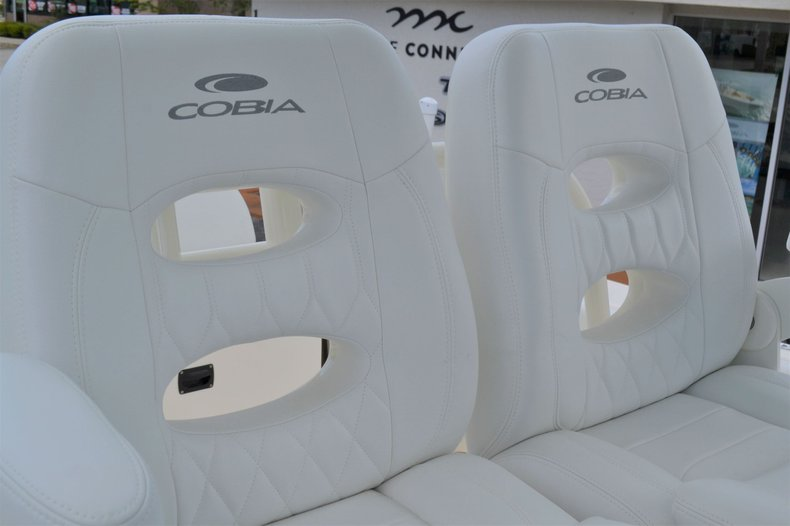 Thumbnail 24 for New 2020 Cobia 262 Center Console boat for sale in Vero Beach, FL
