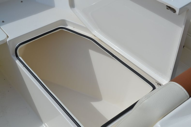 Thumbnail 14 for New 2020 Cobia 240 Dual Console boat for sale in Vero Beach, FL