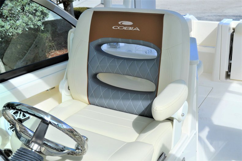 Thumbnail 16 for New 2020 Cobia 240 Dual Console boat for sale in Vero Beach, FL