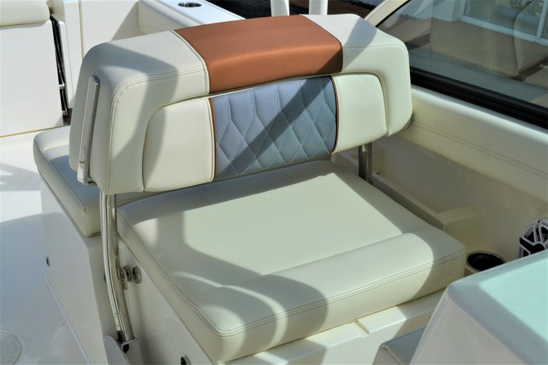 Thumbnail 17 for New 2020 Cobia 240 Dual Console boat for sale in Vero Beach, FL