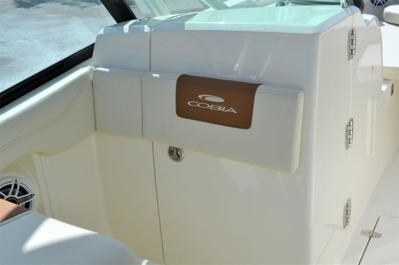 Thumbnail 23 for New 2020 Cobia 240 Dual Console boat for sale in Vero Beach, FL