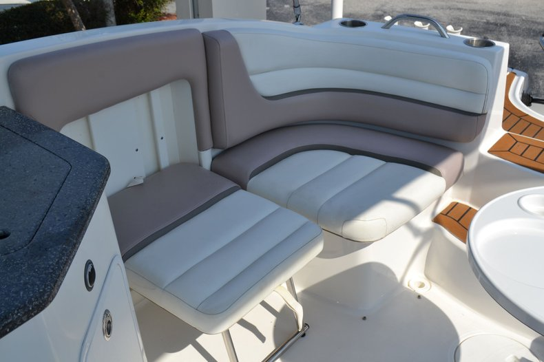 Thumbnail 24 for Used 2014 Hurricane SunDeck SD 2690 OB boat for sale in Vero Beach, FL