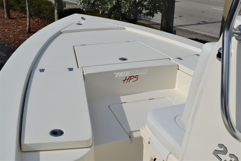 Thumbnail 14 for New 2020 Pathfinder 2300 HPS Bay Boat boat for sale in Vero Beach, FL