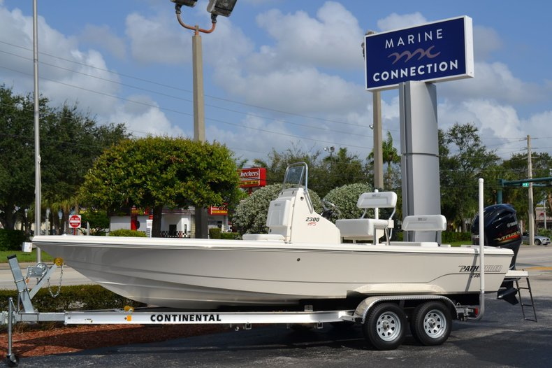 Photo for 2020 Pathfinder 2300 HPS Bay Boat