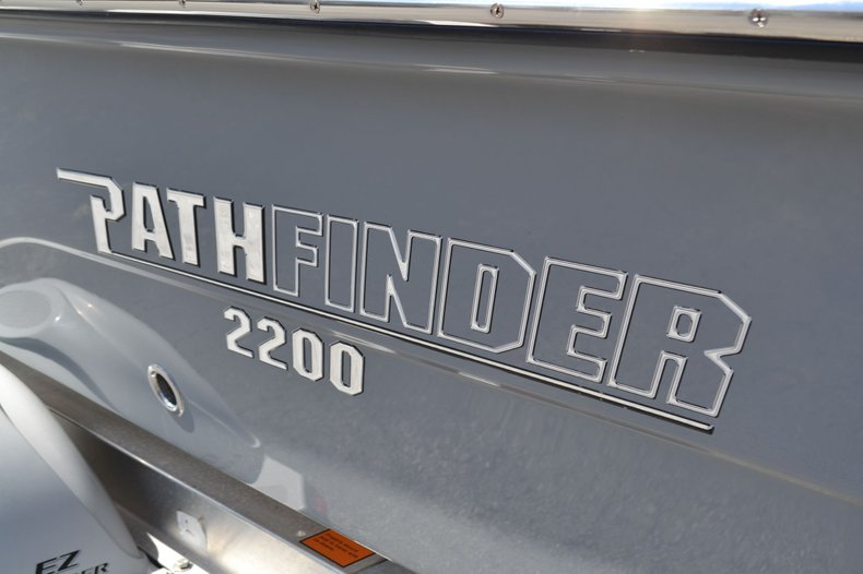 Thumbnail 8 for New 2020 Pathfinder 2200 TRS Bay Boat boat for sale in Vero Beach, FL