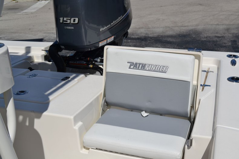 Thumbnail 26 for New 2020 Pathfinder 2200 TRS Bay Boat boat for sale in Vero Beach, FL
